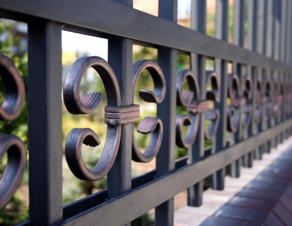 SARIS RAILINGS